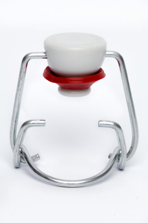 Pákový uzávěr velký PVC - bílá